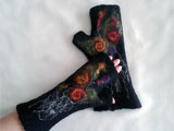 BLACK Felted Wool Fingerless Gloves Mittens Red Flowers